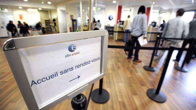 Une agence de Pôle Emploi le 4 octobre 2013 à Montpellier (Hérault) (PASCAL GUYOT / AFP)