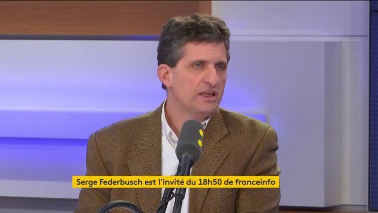 Serge Federbusch, candidat soutenu par le RN à Paris était l'invité du 18h50 de franceinfo. (FRANCEINFO / RADIOFRANCE)