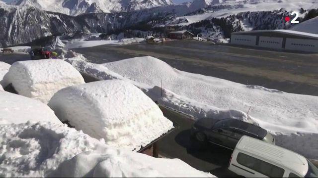 Courchevel : une piste de ski accessible en voiture