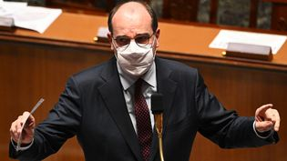 Le Premier ministre Jean Castex, à l'Assemblée nationale, à Paris, le 24 novembre 2020. (ANNE-CHRISTINE POUJOULAT / AFP)