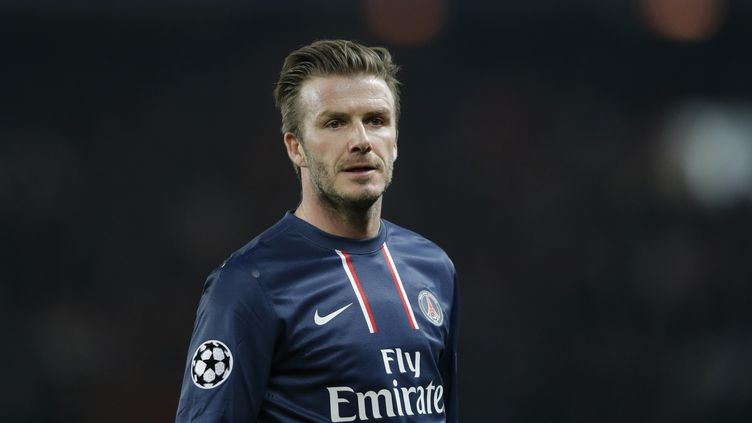 David Beckham, milieu de terrain du Paris Saint-Germain, pendant le match du club parisien face à Barcelone, en Ligue des champions, au Parc des Princes, le 2 avril 2013.  (CHRISTIAN HARTMANN / REUTERS )
