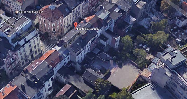 Vue aérienne de l'immeuble abritant le prieuré du Christ-Roi, en 2017, à Bruxelles (Belgique). (GOOGLE / FRANCEINFO)