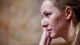 Marion Maréchal-Le Pen participe aux questions au gouvernement, le 31 mars 2015, à l'Assemblée nationale. (AURÉLIEN MORISSARD / CITIZENSIDE / AFP)
