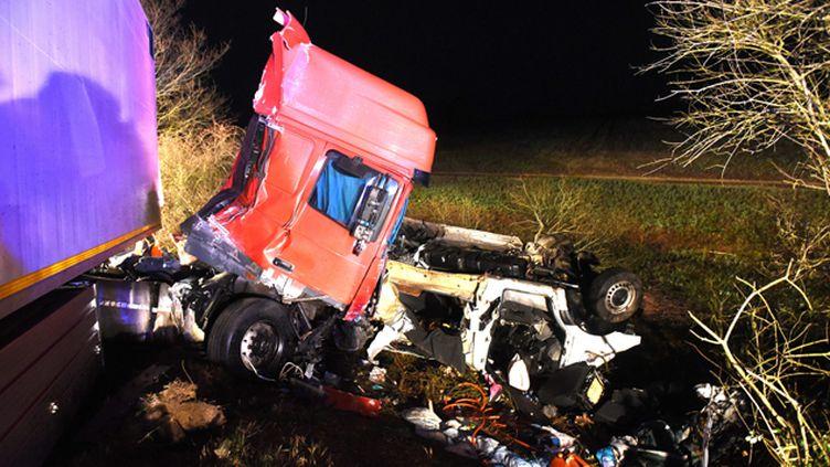 (L'accident entre Moulins et Montbeugny a coûté la vie à 12 personnes © MaxPPP)