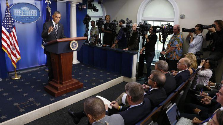 Le président américain, Barack Obama, s'adresse à la presse depuis la Maison Blanche, le 27 septembre 2013. (KEVIN LAMARQUE / REUTERS)