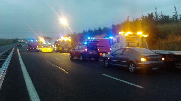 Les pompiers sur les lieux de l'accident, le 7 septembre à Troyes (Aube). (FRANCE 3 CHAMPAGNE ARDENNES)