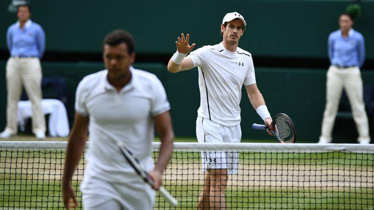 Andy Murray s'excuse auprès de Jo-Wilfried Tsonga, et c'est l'Ecossais qui s'impose
