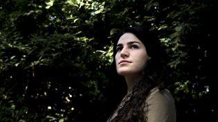 La jeune femme de 22 ans avait publié sur les réseaux sociaux les images de vidéosurveillance montrant son agression, ce qui avait suscité de vives réactions. (ALAIN JOCARD / AFP)