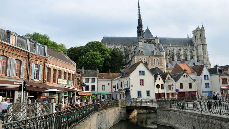 La ville d'Amiens compte créer une centaine d'emplois d'avenir dès le 1er janvier 2013. (UWE ZUCCHI / AFP)