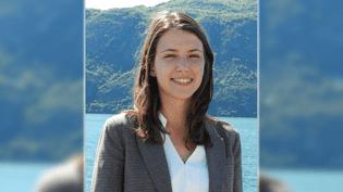 La jeune macroniste Typhanie Degois, 24 ans, sur une photo publiée sur son site internet de campagne pour les élections législatives. (TDEGOIS2017 / FACEBOOK)
