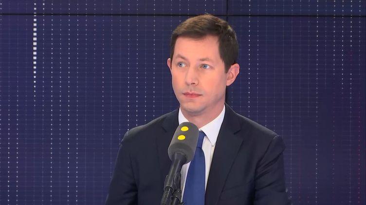 François-Xavier Bellamy, tête de liste des Républicains pour les élections européennes (FRANCEINFO / RADIOFRANCE)