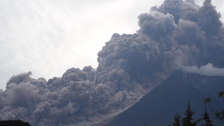 Le Volcan de Feu au Guatemala, le 3 juin 2018. (ORLANDO ESTRADA / AFP)
