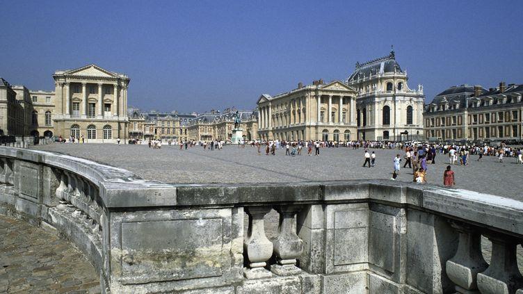 Le parvis du château de Versailles (Yvelines), le 24 avril 2018. (AGLILEO COLLECTION / AURIMAGES / AGLILEO / AFP)