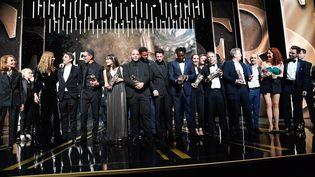 Les lauréats des César rassemblés sur scène. (PIERRE VILLARD/SIPA)