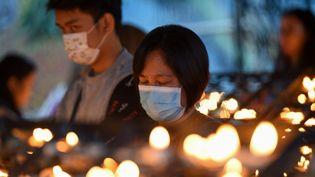 Une messe catholique du mercredi des Cendres, à Manille (Philippines), le 26 février 2020. (TED ALJIBE / AFP)