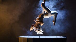 """""""The Sake"""", une performance de trapèze lors d'une préfédente édition du festival d'Édimbourg. (GUILLEM LOPEZ / NURPHOTO)"""