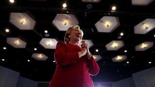 Hillary Clintonlors d'un meeting à Coconut Creek, en Floride, le 25 octobre 2016. (JUSTIN SULLIVAN / GETTY IMAGES NORTH AMERICA)