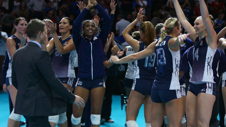 La joie des volleyeuses américaines (EVREN ATALAY / ANADOLU AGENCY)