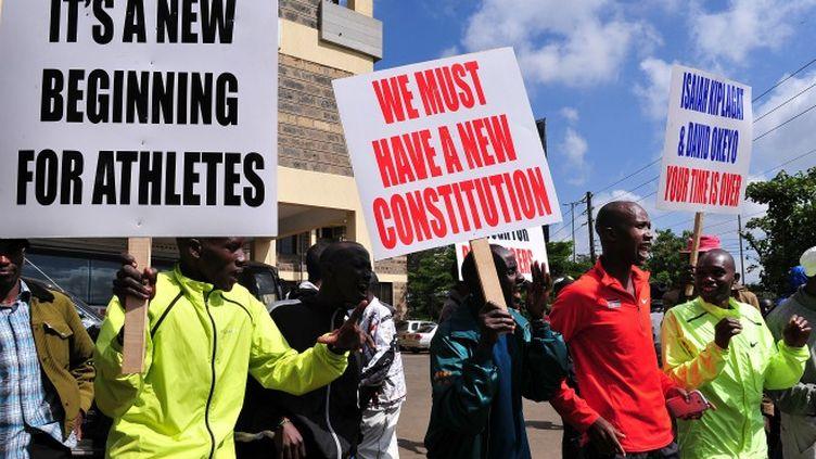 Manifestation devant la Fédération kényane d'athlétisme à Nairobi