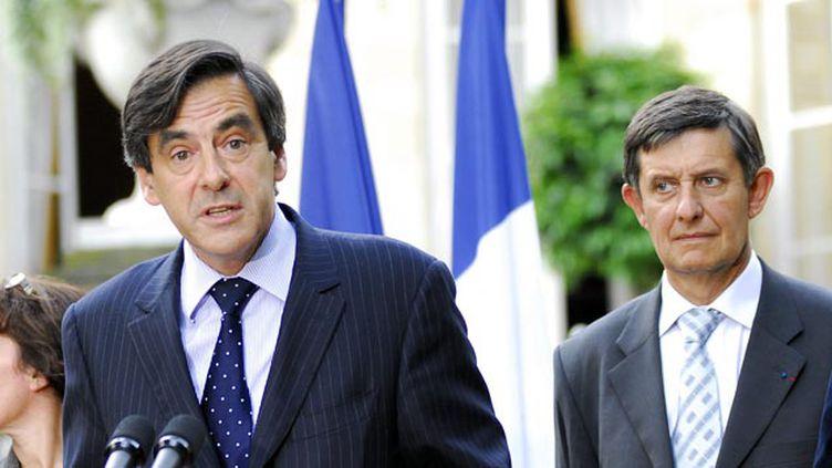 (François Fillon et Jean-Pierre Jouyet en 2007 à la réception des ambassadeurs © Maxppp)