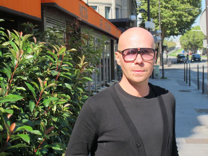 Alexandre Barouzdin, ici en août 2017 à Paris, a cofondé la Tecktonik en 2002. (ALEXIS MAGNAVAL)