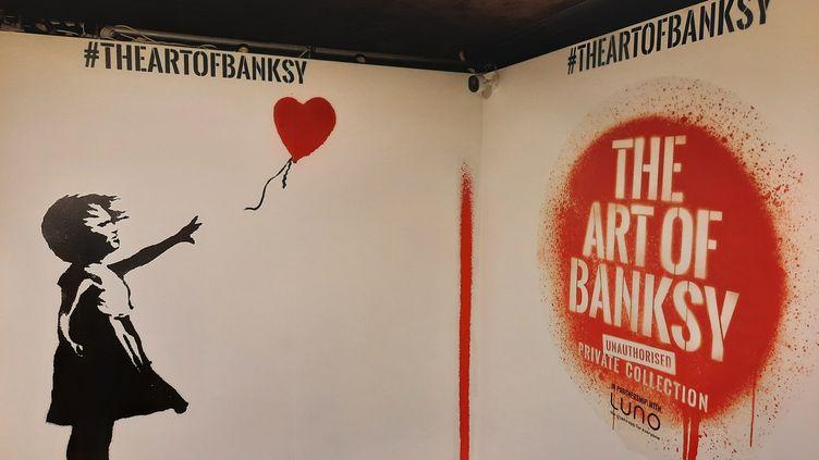 """L'exposition 'L'Art de Banksy"""" visible à Londres depuis le 20 mai 2021. (RICHARD PLACE / RADIO FRANCE)"""