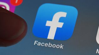 L'application Facebook (image d'illustration) (ULI DECK / DPA)
