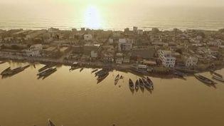 Une équipe de France 2 a suivi la régate historique des pêcheurs de Saint-Louis. (FRANCE 2)
