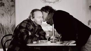 """Michel Houellebecq et Jean-Louis Aubert dans """"Isolement""""  (DR)"""