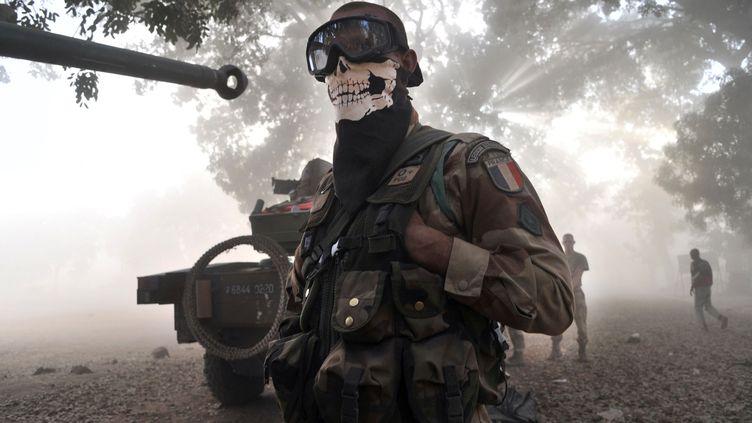 Un soldat français à Niono (mali), le 20 janvier 2013. (ISSOUF SANOGO / AFP)