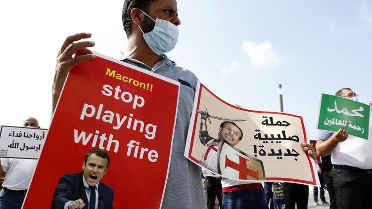 Manifestation contre le président Emmanuel Macron en Israël,le 27 octobre, après la diffusion des caricatures de Mahomet. (JACK GUEZ / AFP)
