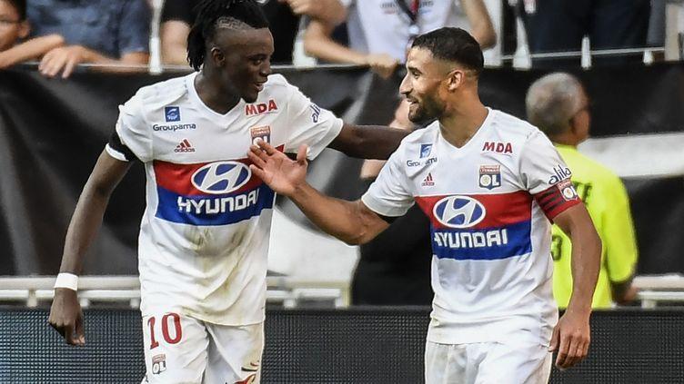 L'OL de Bertrand Traoré et Nabil Fekir va devoir s'employer en Ligue Europa (PHILIPPE DESMAZES / AFP)
