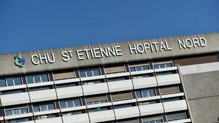 Le CHU de Saint-Etienne (Loire), en mars 2021. (MAXPPP)