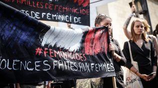 Marche des familles de victimes de feminicide, le 3 septembre 2019 à Paris. (THOMAS PADILLA / MAXPPP)
