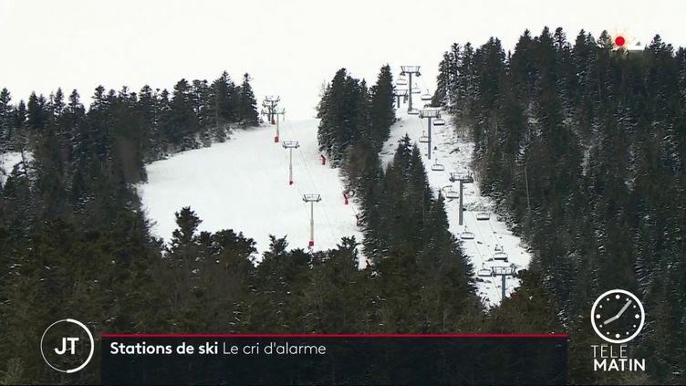Les remontées mécaniques de la stationAx 3 Domaines, en Ariège. (France 2)