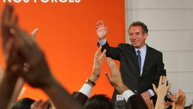 François Bayrou au soir du premier tour de l'élection présidentielle de 2007, le 22 avril 2007. (MEHDI FEDOUACH / AFP)