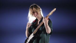 La chanteuse américaine Clairo sera à Rock en Seine dimanche 25 août. Elle joue ici sur à Glendale, en Arizona, dans le cadre de sa tournée Free Spirit World tour. (JASON WISE / GETTY IMAGES NORTH AMERICA)