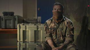 En 2019, le caporal-chef Maxime Blasco a participé au sauvetage de l'équipage d'un hélicoptère de l'armée. (FRANCE 2)