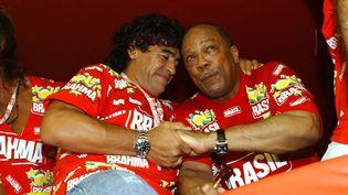 Diego Maradona et Quincy Jones au carnaval de Rio le 26 février 2006 (BERNADETE LOU / REX FEA/REX/SIPA / LOU)