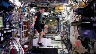 La salle de sport de l'ISS (FRANCE 2 / FRANCETV INFO)