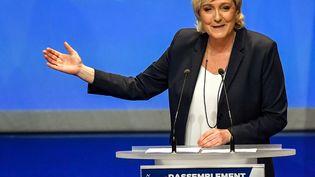 La présidente du Front national, Marine Le Pen, lors du Congrès du parti à Lille, le 11 mars 2018. (PHILIPPE HUGUEN / AFP)