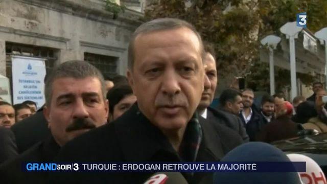 Turquie : Erdogan célèbre sa victoire aux législatives
