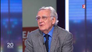 Bernard Pivot sur le plateau du journal de 20 heures de France 2, le 5 décembre 2017. (FRANCE 2)