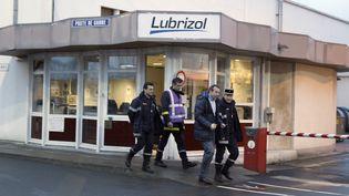 L'usine Lubrizol, le 22 janvier 2013, à Rouen. (CHARLY TRIBALLEAU / AFP)