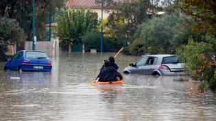Au Muy (Var), des routes ont été inondées après l'épisode méditerranéen qui a touché le sud-est du pays. Le département a été sorti de la vigilance orange, le 25 novembre 2019. (VALERY HACHE / AFP)