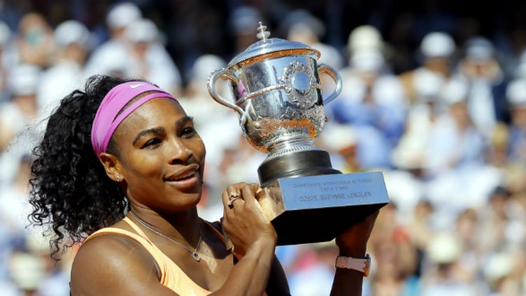 Serena Williams a décroché samedi à Roland-Garros son 20e titre majeur