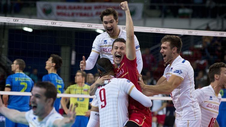 L'équipe de France enlève le premier Euro de son histoire  (NIKOLAY DOYCHINOV / AFP)