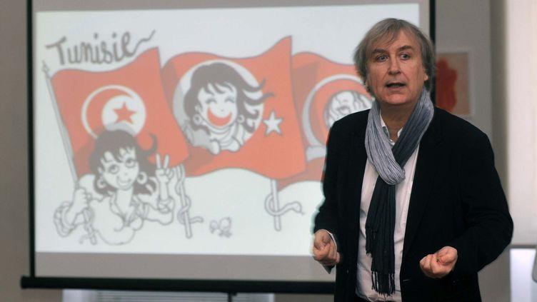 Le dessinateur Plantu lors d'une conférence à Alger, en Algérie, le 25 janvier 2012. (N.FAYCAL / CITIZENSIDE / AFP)