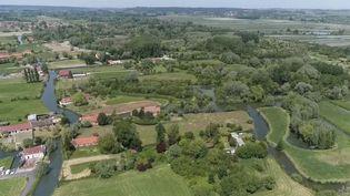 France 3 vous propose de découvrir un site façonné depuis le Moyen-age qui mériterait d'être davantage connu : le marais audomarois. (France 3)