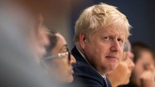 Le Premier ministre britannique, Boris Johnson, lors d'un déplacement à Hendon, dans le nord de Londres, le 31 octobre 2019. (AARON CHOWN / AFP)